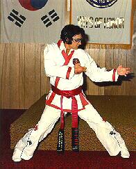 Elvis fighting stance