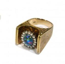 RARE Jewerly opal and diamond ring cool setting