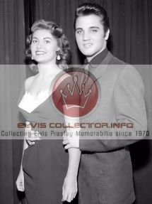 wm-1957-candid-with-joan-adama-runner-up-miss-america
