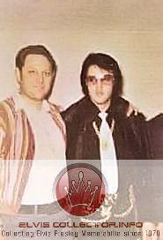 wm-1970s-wearn-kiien-wedn-outfit