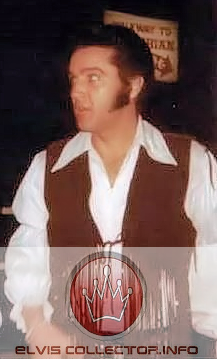 WM 1969 Elvis brown stringish vest cool candid