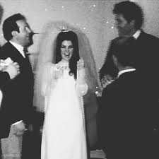 WEDDING Moving Gif Joe shaking E hand