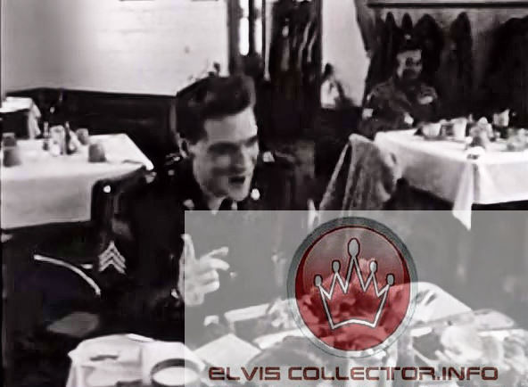 WM ARMY Elvis pointing finger while eating rareraeraesra